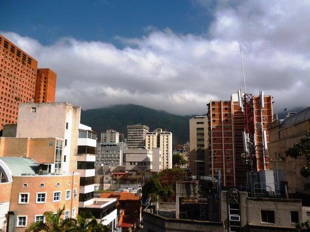 Oficina Distrito Metropolitano>Caracas>Sabana Grande - Alquiler:120 Precio Referencial - codigo: 18-5726