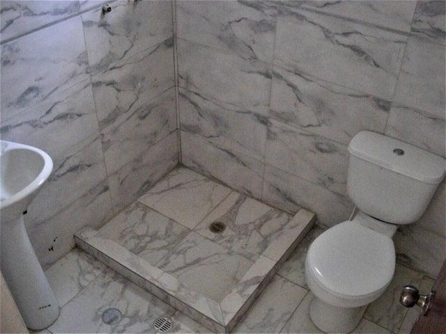 Casa Miranda>Carrizal>Colinas de Carrizal - Venta:60.000 Precio Referencial - codigo: 18-5788