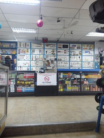 Local Comercial Distrito Metropolitano>Caracas>Parroquia Catedral - Venta:300.000 Precio Referencial - codigo: 18-5793