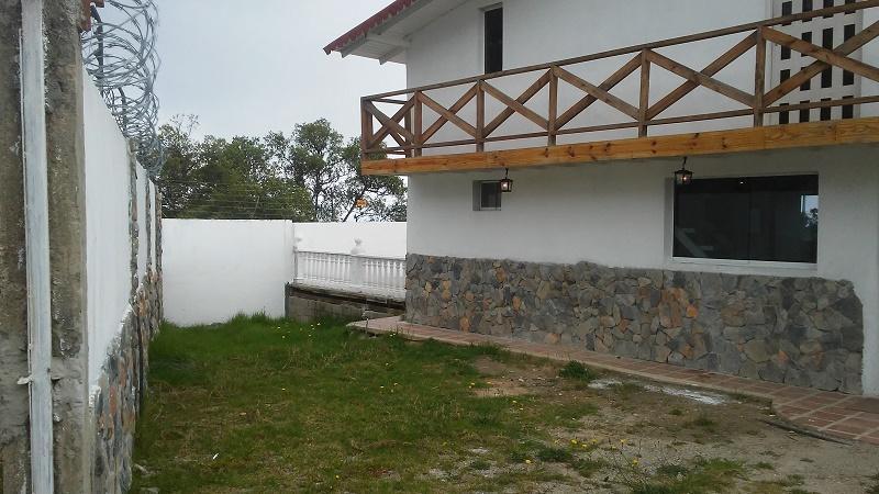 Casa Vargas>Parroquia Carayaca>El Pinar - Venta:12.000 Precio Referencial - codigo: 17-7069