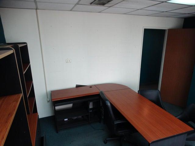 Oficina Distrito Metropolitano>Caracas>La Florida - Alquiler:97.000 Precio Referencial - codigo: 18-6400