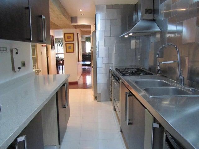 Apartamento Distrito Metropolitano>Caracas>El Cafetal - Venta:180.000 Precio Referencial - codigo: 18-6161