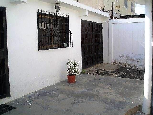 Casa Aragua>Maracay>Santa Rita - Venta:13.000 Precio Referencial - codigo: 18-6280