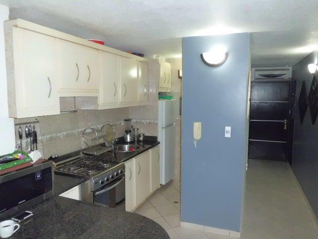 Apartamento Carabobo>Valencia>Los Caobos - Venta:24.188.000.000 Precio Referencial - codigo: 18-6314