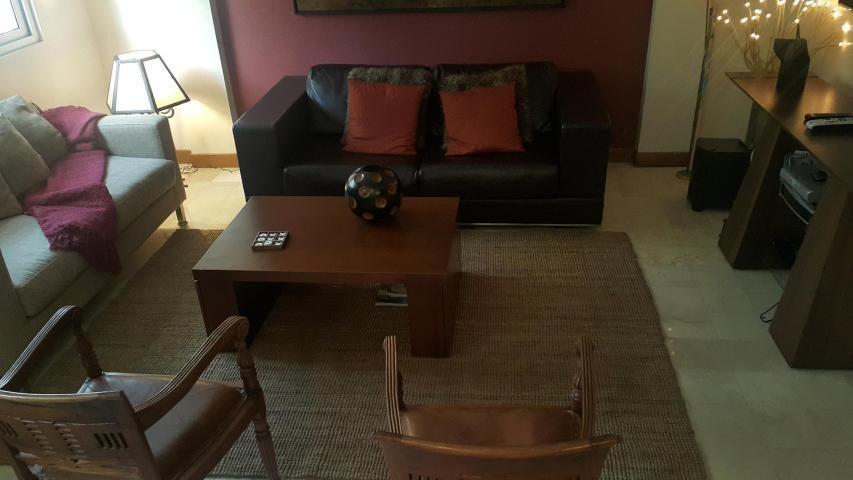 Apartamento Zulia>Maracaibo>Avenida El Milagro - Venta:43.967.000.000 Precio Referencial - codigo: 18-6319