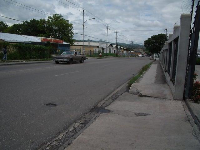 Local Comercial Lara>Cabudare>Parroquia Cabudare - Alquiler:22.000.000 Precio Referencial - codigo: 18-6328