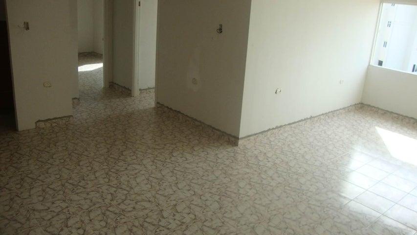 Apartamento Lara>Cabudare>La Piedad Sur - Venta:4.397.000.000 Precio Referencial - codigo: 18-6340