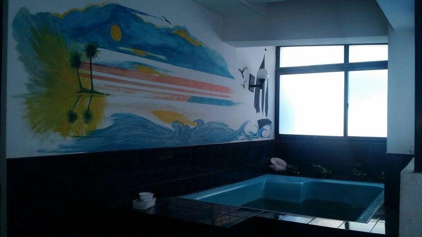 Apartamento Zulia>Maracaibo>Avenida Delicias Norte - Venta:8.653.000 Precio Referencial - codigo: 18-6342