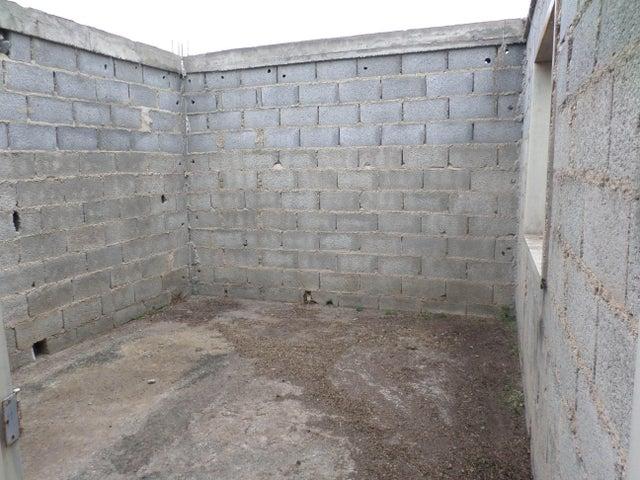 Casa Lara>Barquisimeto>Parroquia Juan de Villegas - Venta:1.000 Precio Referencial - codigo: 18-6359
