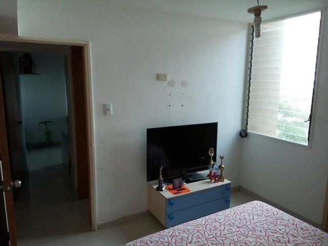 Apartamento Distrito Metropolitano>Caracas>Parroquia Altagracia - Venta:22.863.000.000 Precio Referencial - codigo: 18-6368