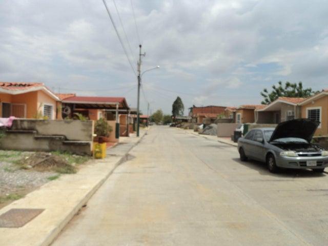 Casa Lara>Barquisimeto>Hacienda Yucatan - Venta:1.790.000 Precio Referencial - codigo: 18-6396