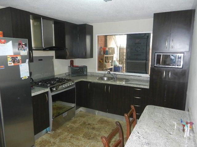 Townhouse Miranda>Guatire>Terrazas del Ingenio - Venta:29.000 Precio Referencial - codigo: 18-6404
