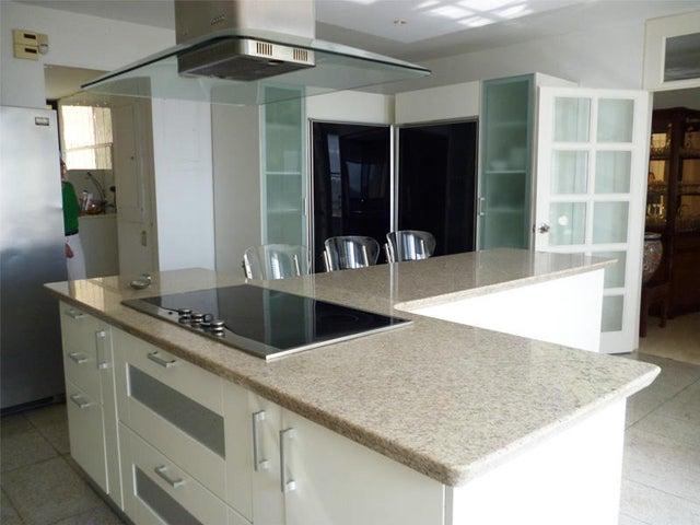 Apartamento Distrito Metropolitano>Caracas>Valle Arriba - Venta:1.000.000 US Dollar - codigo: 18-6434