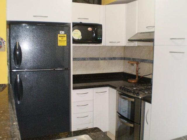 Apartamento Aragua>Maracay>El Limon - Venta:188.273.000 Precio Referencial - codigo: 18-6391
