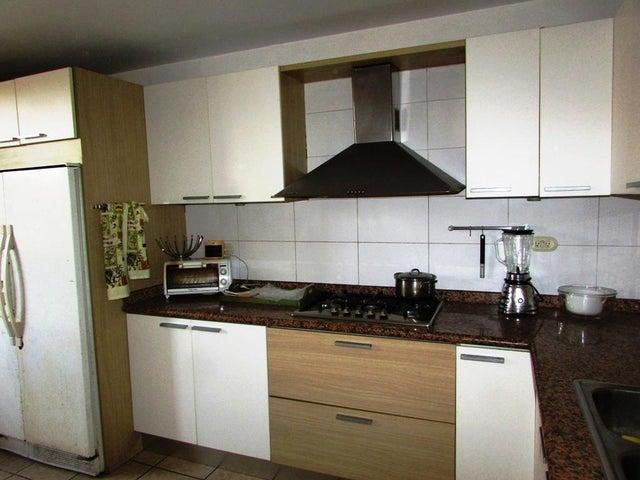 Apartamento Distrito Metropolitano>Caracas>Colinas de La Tahona - Venta:54.922.000.000 Precio Referencial - codigo: 18-6409
