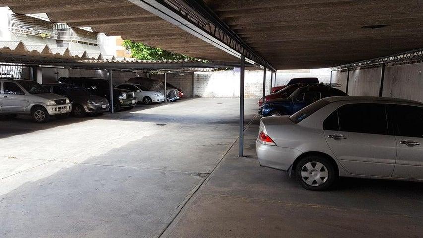 Apartamento Distrito Metropolitano>Caracas>El Marques - Venta:180.992.000.000 Precio Referencial - codigo: 18-6410