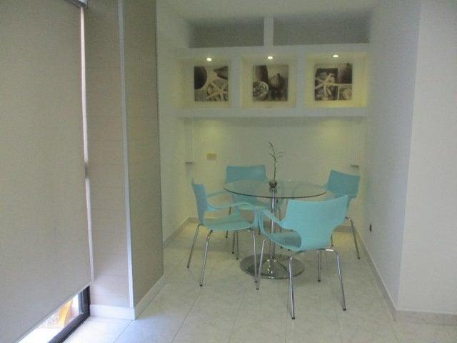 Apartamento Nueva Esparta>Margarita>Playa el Angel - Venta:30.000 Precio Referencial - codigo: 18-6420