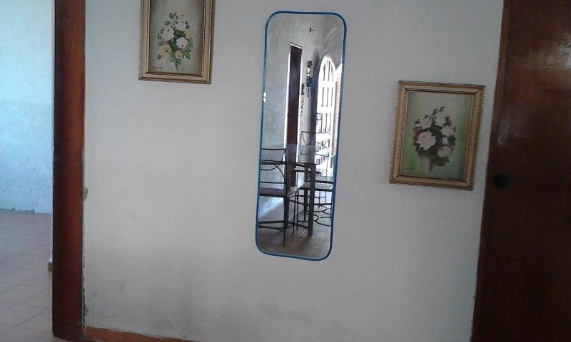 Casa Falcon>Chichiriviche>Playa Norte - Venta:10.000 US Dollar - codigo: 18-6421
