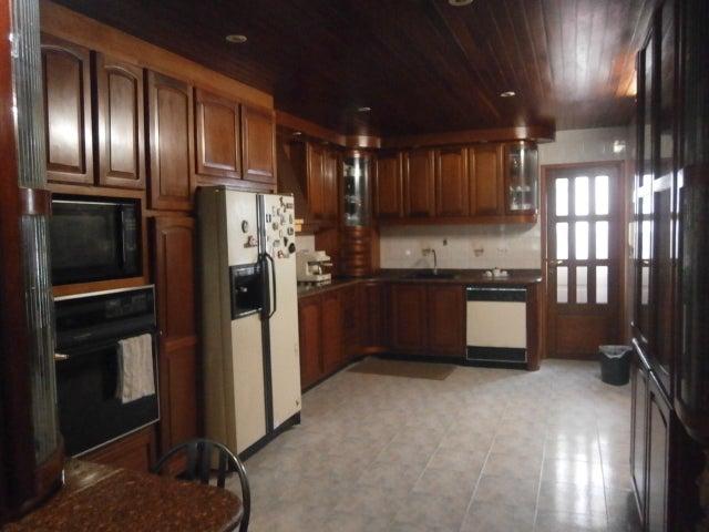 Casa Distrito Metropolitano>Caracas>Vista Alegre - Venta:200.000 US Dollar - codigo: 18-6440