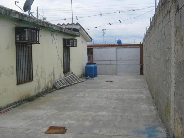 Casa Carabobo>Guacara>Villa Alianza - Venta:6.000 Precio Referencial - codigo: 18-6449