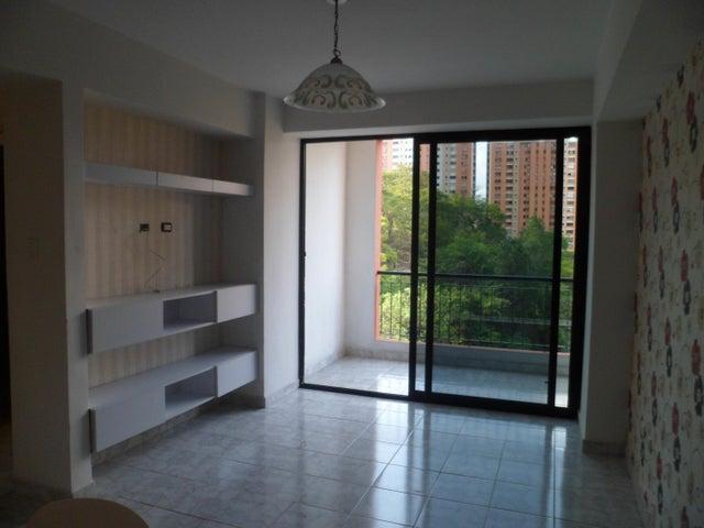 Apartamento Carabobo>Valencia>El Bosque - Venta:18.809.000.000 Precio Referencial - codigo: 18-6438