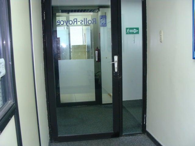 Oficina Zulia>Maracaibo>Valle Frio - Venta:50.032.000 Precio Referencial - codigo: 18-6455