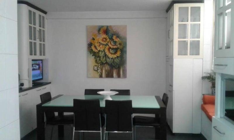 Apartamento Distrito Metropolitano>Caracas>El Marques - Venta:33.812.000 Precio Referencial - codigo: 18-6475