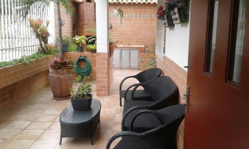 Apartamento Distrito Metropolitano>Caracas>El Marques - Venta:34.236.000 Precio Referencial - codigo: 18-6475
