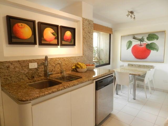 Apartamento Distrito Metropolitano>Caracas>Los Naranjos del Cafetal - Alquiler:1.350 Precio Referencial - codigo: 18-6663