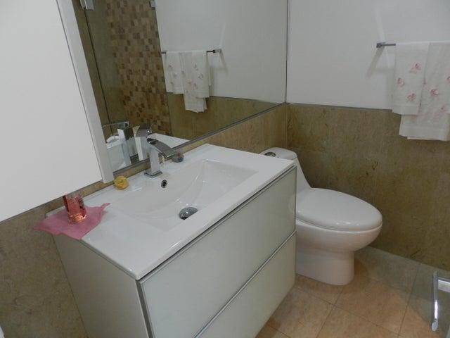 Apartamento Distrito Metropolitano>Caracas>Chulavista - Venta:920.000 Precio Referencial - codigo: 18-6680