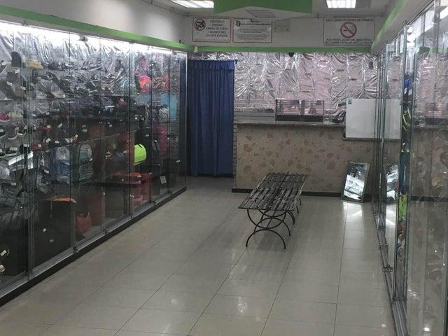 Local Comercial Distrito Metropolitano>Caracas>Sabana Grande - Venta:480.000 Precio Referencial - codigo: 18-6692