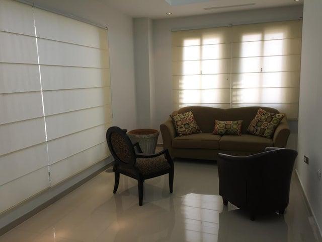 Casa Zulia>Ciudad Ojeda>Bermudez - Venta:581.163.000.000 Precio Referencial - codigo: 15-5351