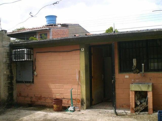 Casa Aragua>Cagua>Prados de la Encrucijada - Venta:3.500 Precio Referencial - codigo: 18-6783
