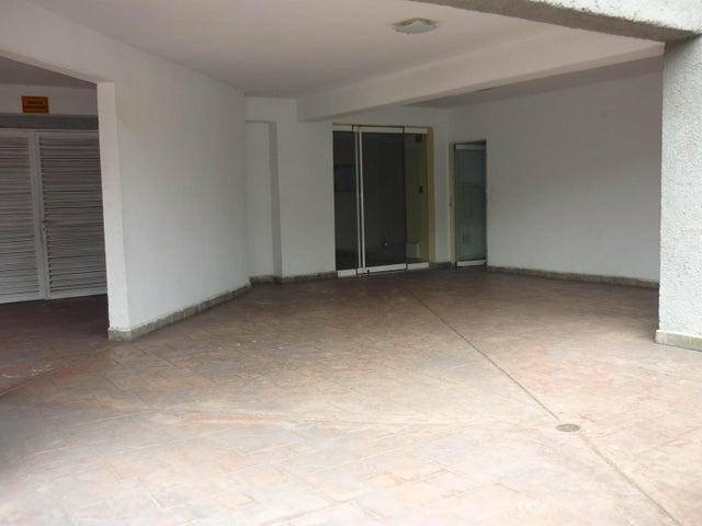 Apartamento Aragua>Maracay>San Jacinto - Venta:32.000 US Dollar - codigo: 18-6891