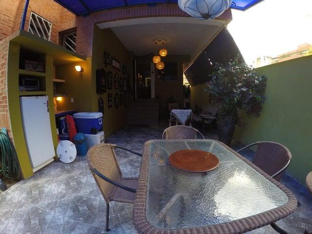 Apartamento Distrito Metropolitano>Caracas>La Boyera - Venta:21.408.000 Precio Referencial - codigo: 18-7091