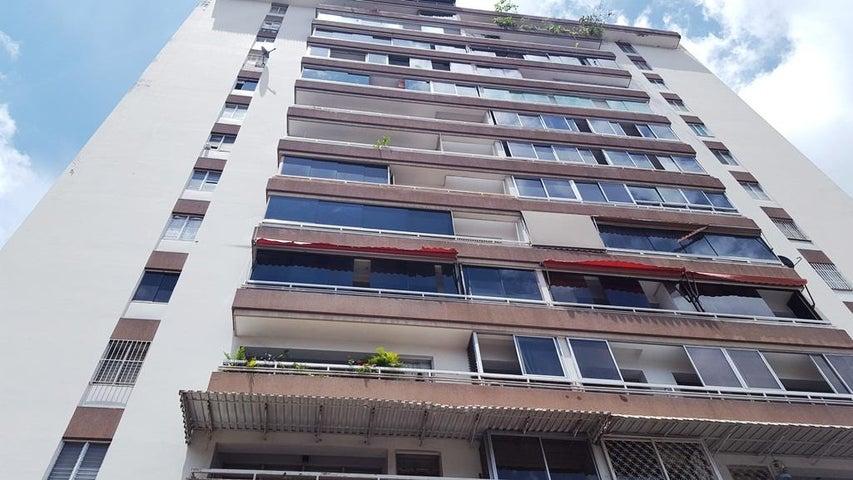 Apartamento Distrito Metropolitano>Caracas>El Marques - Venta:80.000 Precio Referencial - codigo: 18-7200