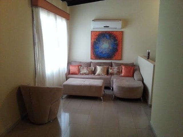 Townhouse Zulia>Maracaibo>La Picola - Venta:26.500 Precio Referencial - codigo: 18-7267
