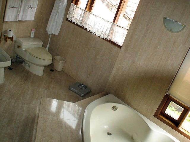 Casa Distrito Metropolitano>Caracas>Los Chorros - Venta:565.000 Precio Referencial - codigo: 18-7329