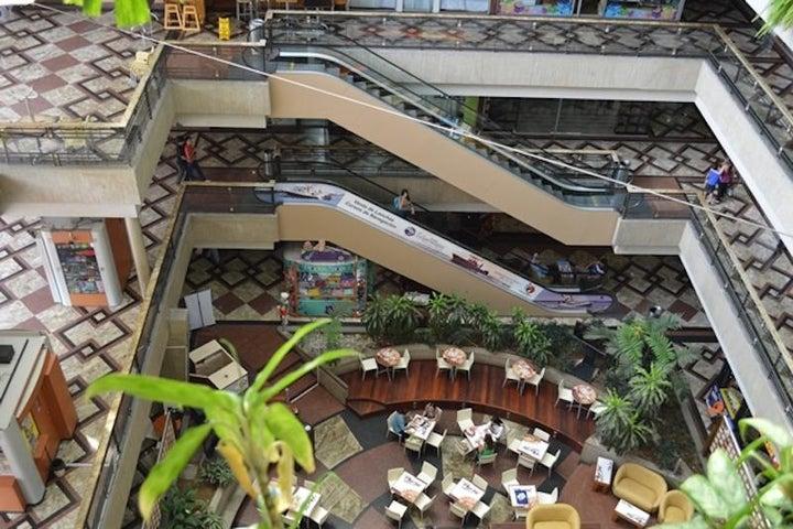 Oficina Distrito Metropolitano>Caracas>Manzanares - Alquiler:170 Precio Referencial - codigo: 18-7366