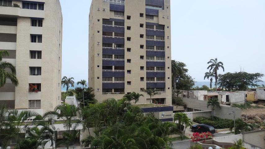 Apartamento Vargas>Parroquia Caraballeda>Tanaguarena - Venta:24.500 Precio Referencial - codigo: 18-7714