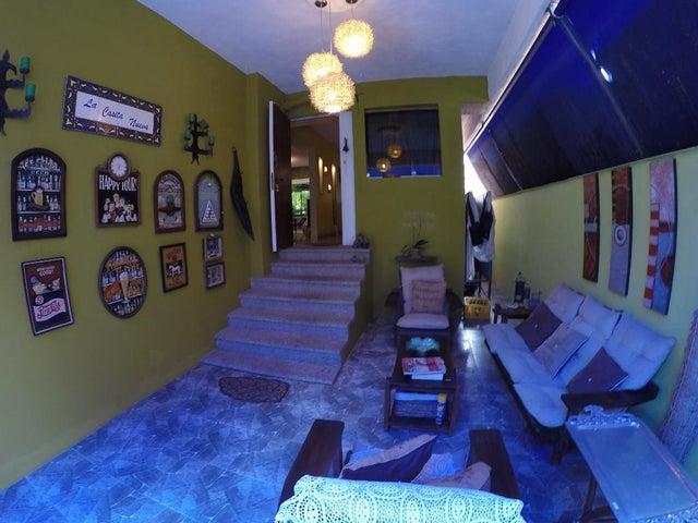 Apartamento Distrito Metropolitano>Caracas>La Boyera - Alquiler:700 US Dollar - codigo: 18-7439