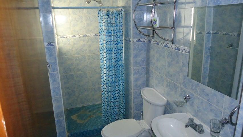 Apartamento Distrito Metropolitano>Caracas>El Cafetal - Venta:38.837.000 Precio Referencial - codigo: 18-7552