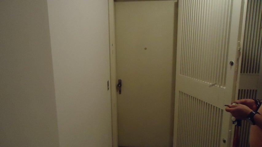 Apartamento Distrito Metropolitano>Caracas>Sebucan - Venta:14.305.000 Precio Referencial - codigo: 18-7584