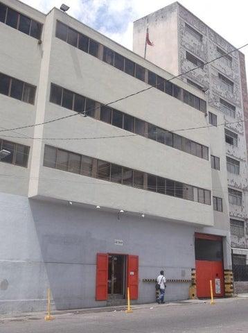 Edificio Distrito Metropolitano>Caracas>Prado de Maria - Venta:279.240.000 Precio Referencial - codigo: 18-7562