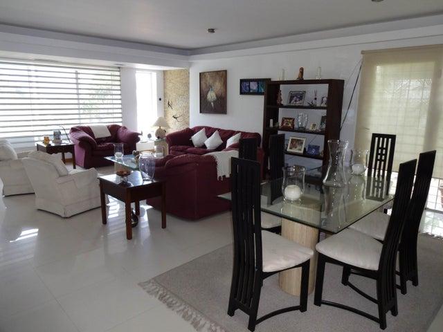 Casa Distrito Metropolitano>Caracas>Colinas de Santa Monica - Venta:666.059.000.000 Precio Referencial - codigo: 18-7566