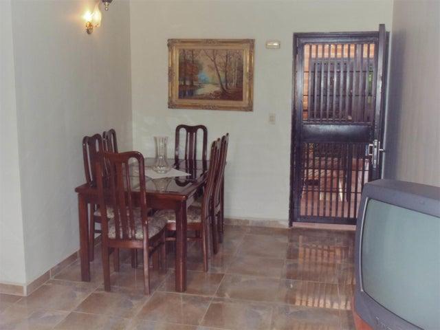 Apartamento Miranda>Guarenas>Nueva Casarapa - Venta:7.500 Precio Referencial - codigo: 18-7571