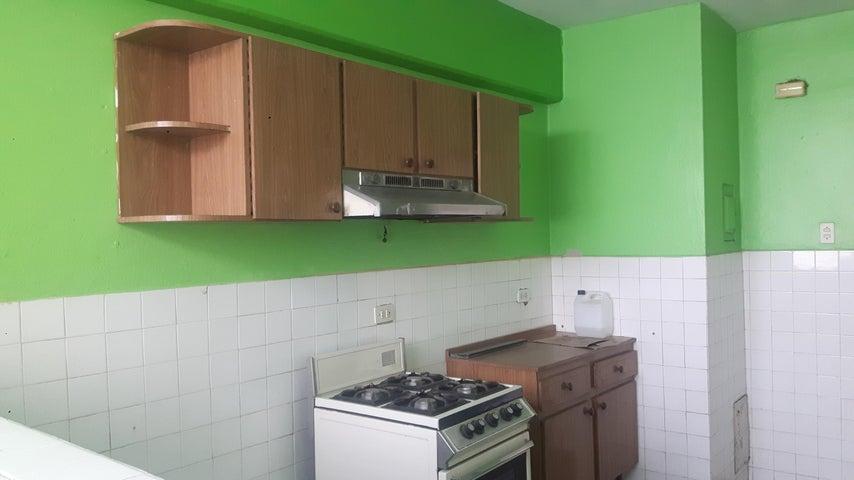 Apartamento Lara>Cabudare>La Mata - Venta:2.141.000 Precio Referencial - codigo: 18-7572