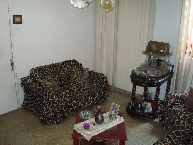 Apartamento Distrito Metropolitano>Caracas>Caricuao - Venta:33.329.000 Precio Referencial - codigo: 18-7577