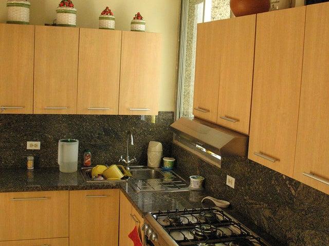 Apartamento Distrito Metropolitano>Caracas>La Florida - Venta:290.334.000.000 Precio Referencial - codigo: 18-7578
