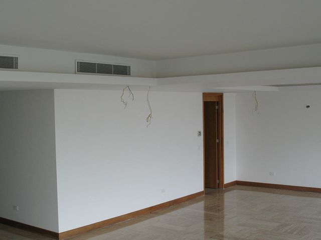 Apartamento Distrito Metropolitano>Caracas>Las Mercedes - Venta:2.561.767.000.000 Precio Referencial - codigo: 18-7580